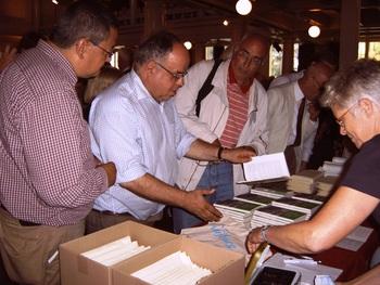 Verkoop van het jubileumboek